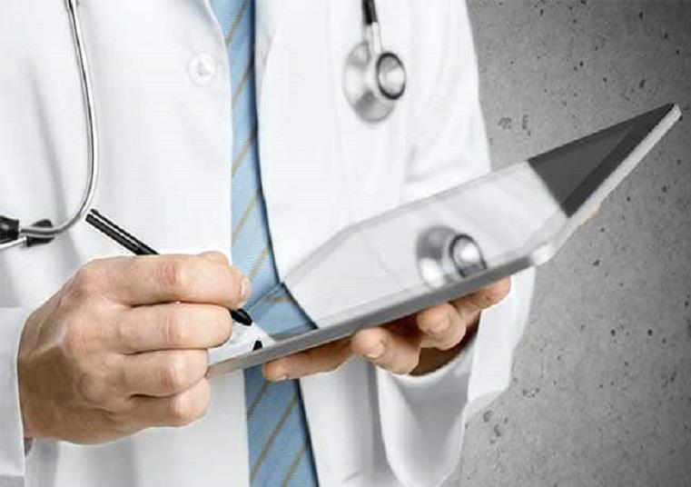 बिहार में फर्जी मेडिकल डिग्री पर प्रैक्टिस करने वाले डॉक्टर दंपति के खिलाफ FIR दर्ज