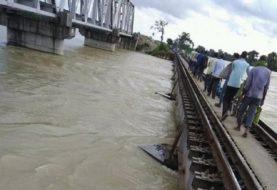 गंगा नदी खतरे के निशान से पार, बिहार के कुछ हिस्सों में बाढ़ जैसी स्थिति