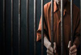 आरा मंडलकारा के अंदर बंद कैदी ने रेता अपना गला, मचा हड़कंप
