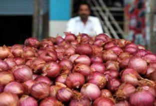 पटना में प्याज हुआ 120 रुपये प्रति किलो, लोग परेशान, सरकार के पास नहीं है कोई जवाब