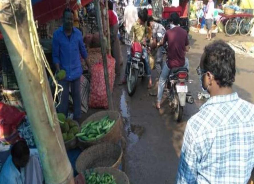 पटना: लॉकडाउन के बावजूद सड़कों पर दिखे लोग, सरकार ने उठाया कड़ा कदम