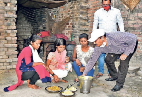 2 दिनों से भूखी थीं ये तीन अनाथ बहनें, PMO को किया फोन तो तुरंत पहुंचा खाना