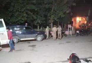 '9 बजे, 9 मिनट' के दौरान दीया जलाने पर मुस्लिम समुदाय ने बुजुर्ग महिला पर हमला कर किया हत्या